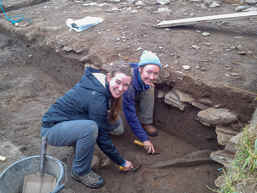Ilana-and-Sarah-uncover-the-new-orthostat-in-Trench-T-(1)