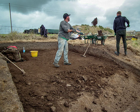 Declan and Rob continued to clear soil from Trench Y.